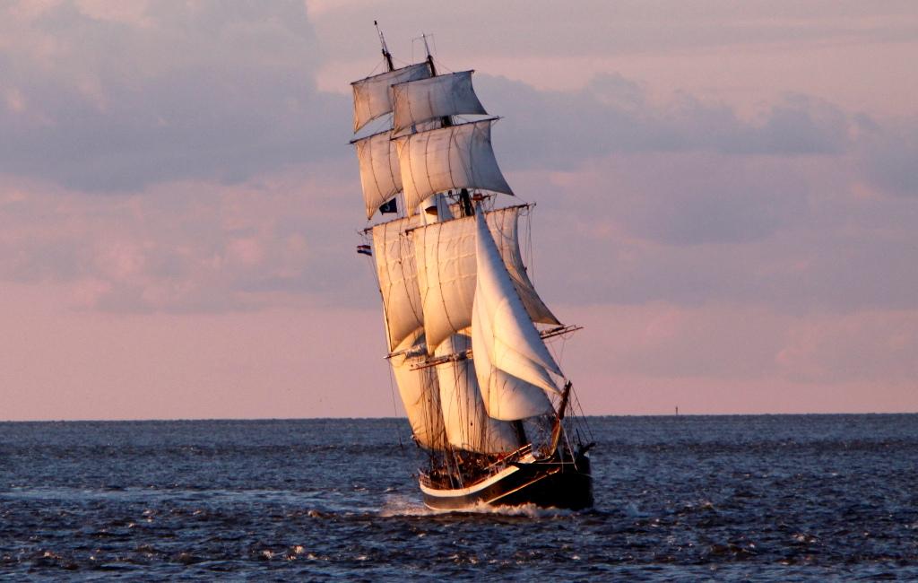 There be SCOTTISH Pirates on the horizon!