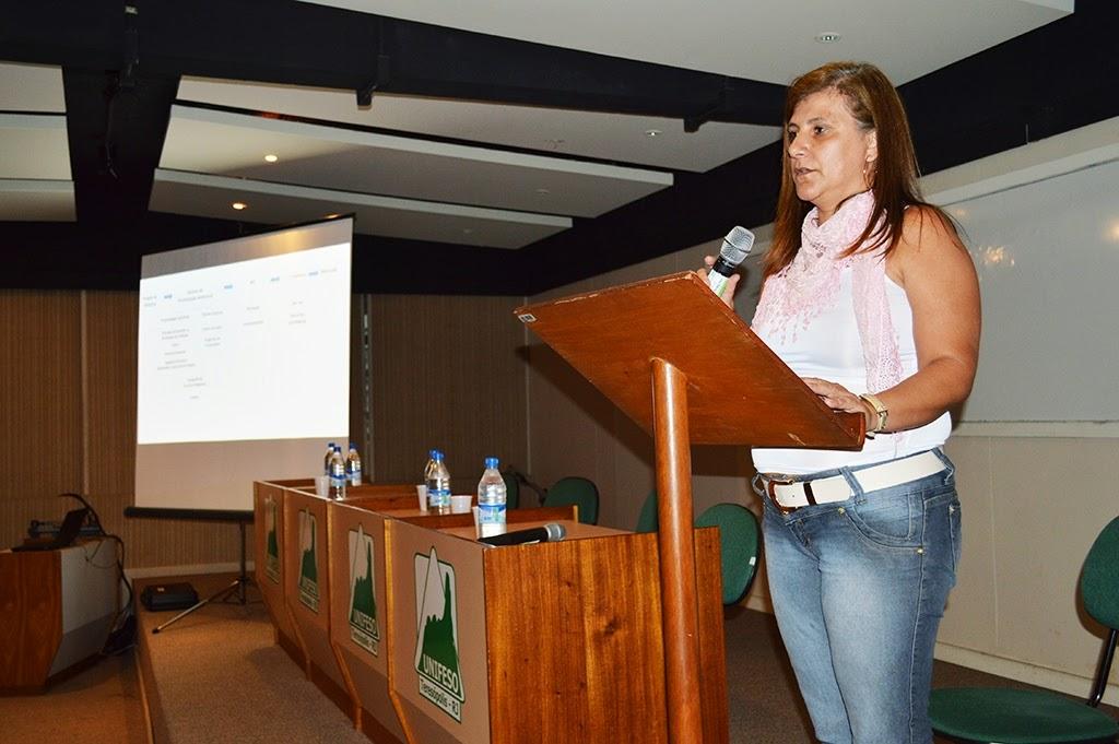 Silvana Pires, secretária de Planejamento, destaca a importância da união de esforços para realização de projetos em prol do município