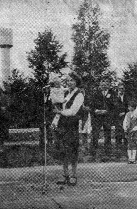 Valles bērnudārza atklāšanā 1983. gada 1. septembrī piedalījās aktrise Velta Skurstene