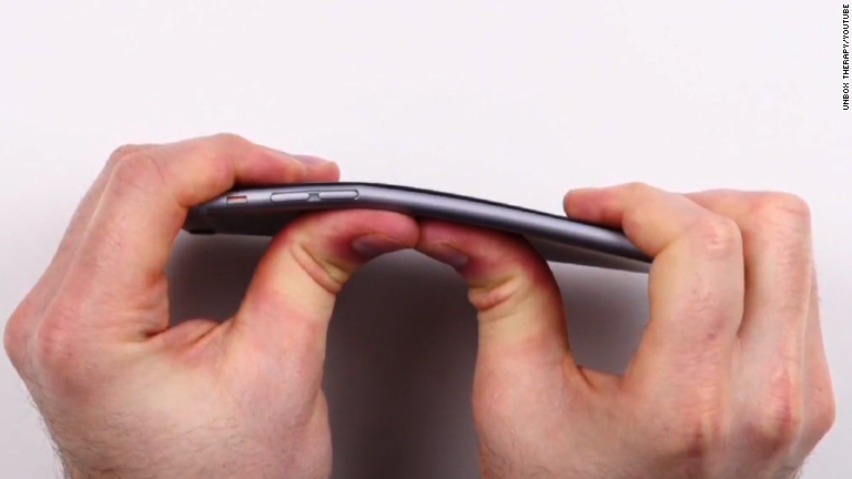 Im Sure You Have Heard About The IPhone 6 Plus And Complaints It Bending While In Your Pocket But Dont Want To Know How Compares