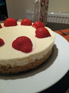 Lemon cheesecake with strawberry