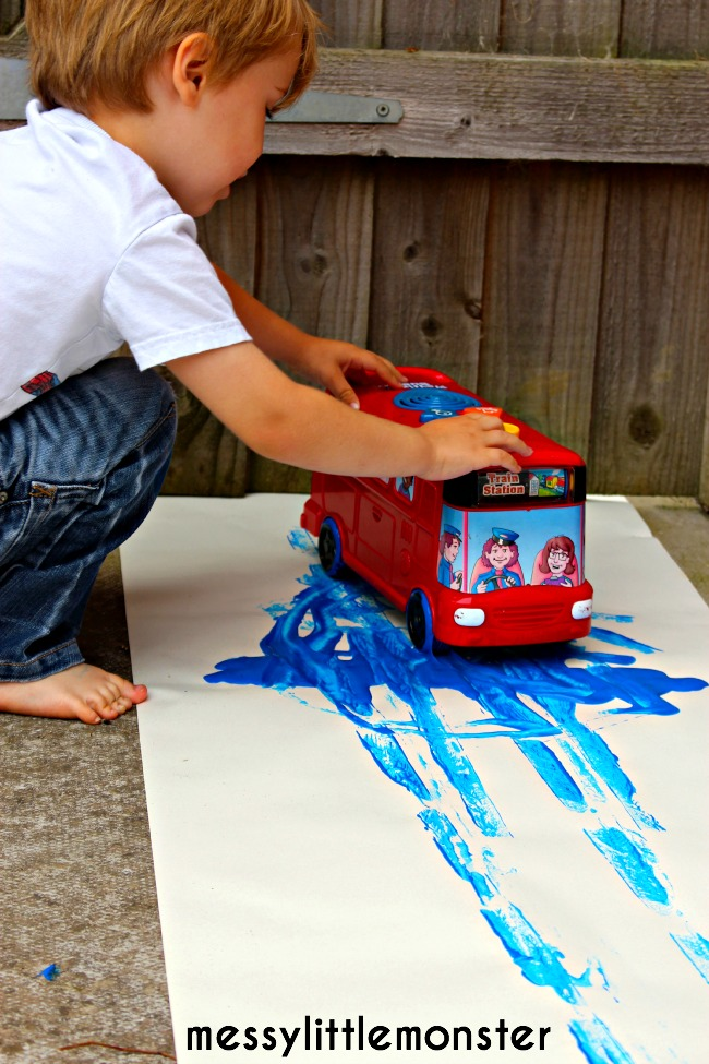 Wheels on the bus painting activity