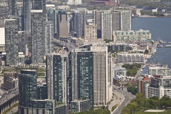 http://firstfinancialinsights.blogspot.ca/2013/08/toronto-condo-bubble-crashing.html