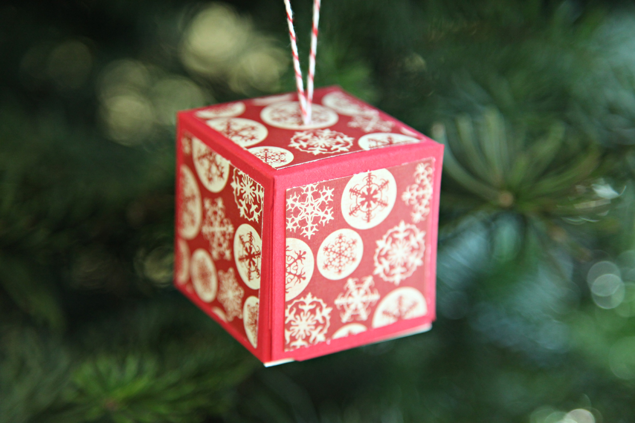 Homemade paper christmas decorations - Unify Handmade