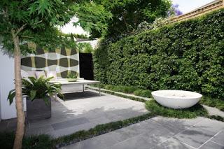 Desain Halaman Unik Rumah Modern