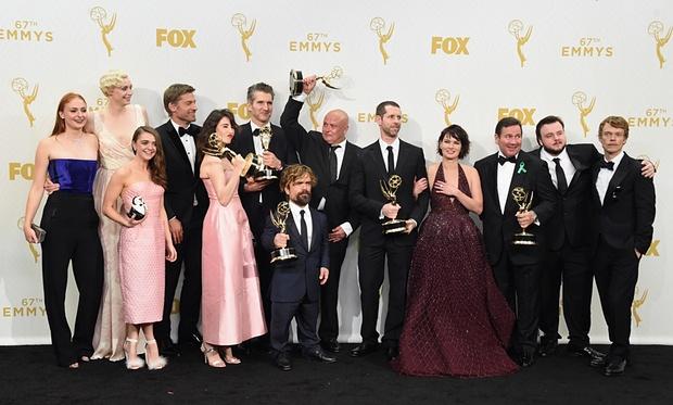 Emmys 2015 - Juego de Tronos Tropa Friki