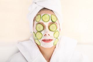 Die kosmetischen Mittel gegen die Falten unter den Augen