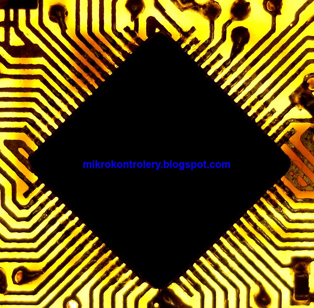 PCB - przylutowany mikrokontroler.