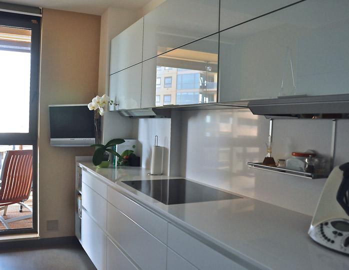 Campanas integrables las que no se notan cocinas con estilo for Parallel platform kitchen designs