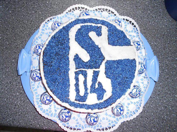 Schalke_04_Beautiful_Cake_2013_Bundeslig