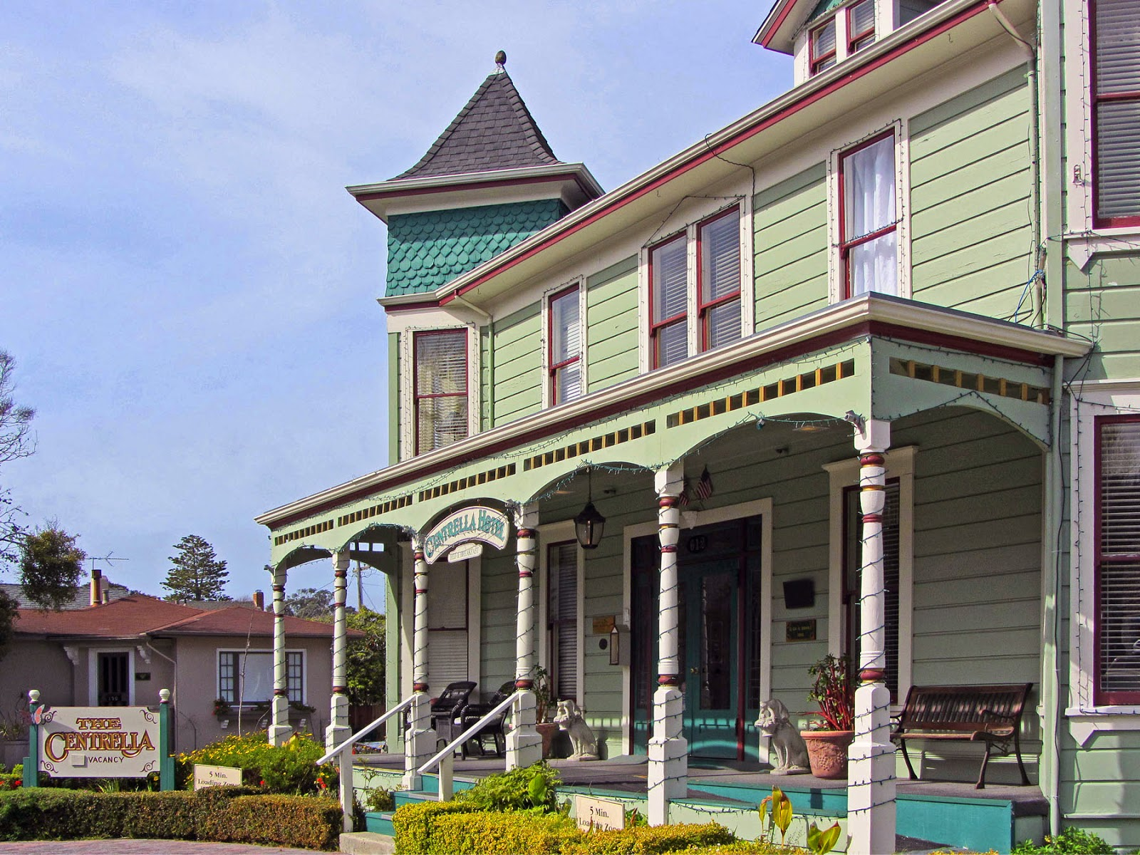green pacific cottage ca cottages breeze sisters for hotel gables grove inn and a four coupons sea california hotels
