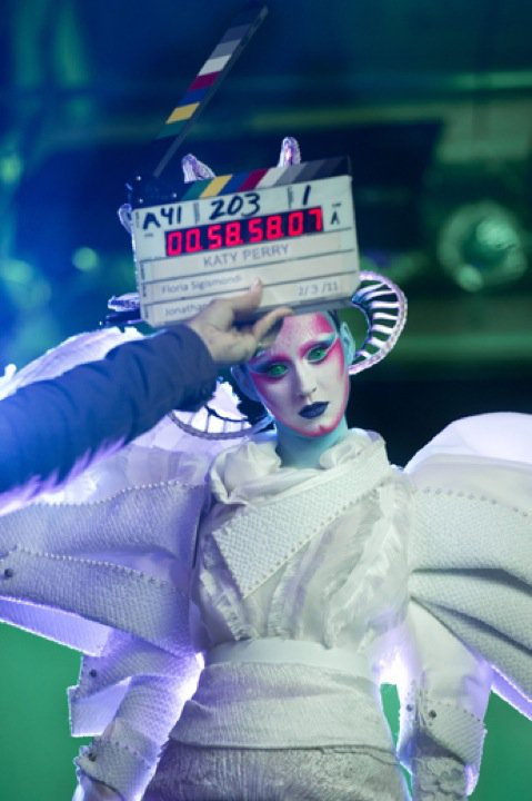 Katy Perry Lands on Planet Earth as a Glamorous Avant