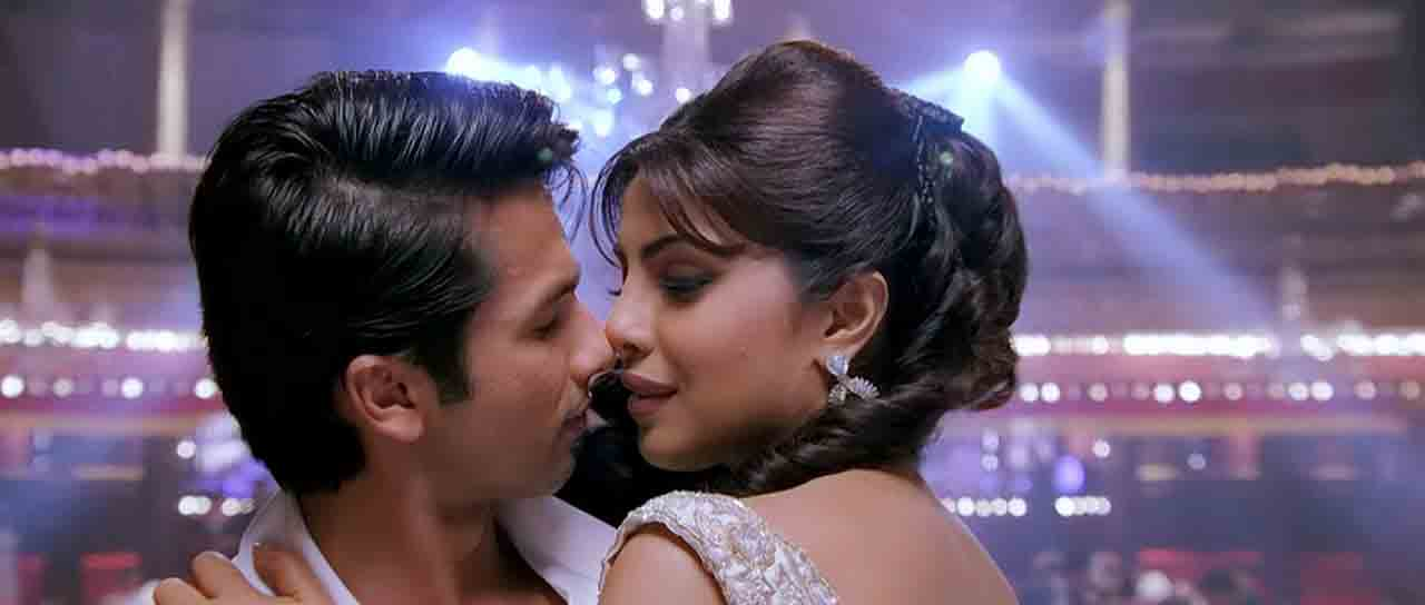 Teri Meri Kahaani (2012) Full Music Video Songs Free Download And Watch Online at worldfree4u.com