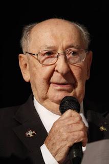 Morre no Rio  o sobrevivente do holocausto Aleksander Henryk Laks
