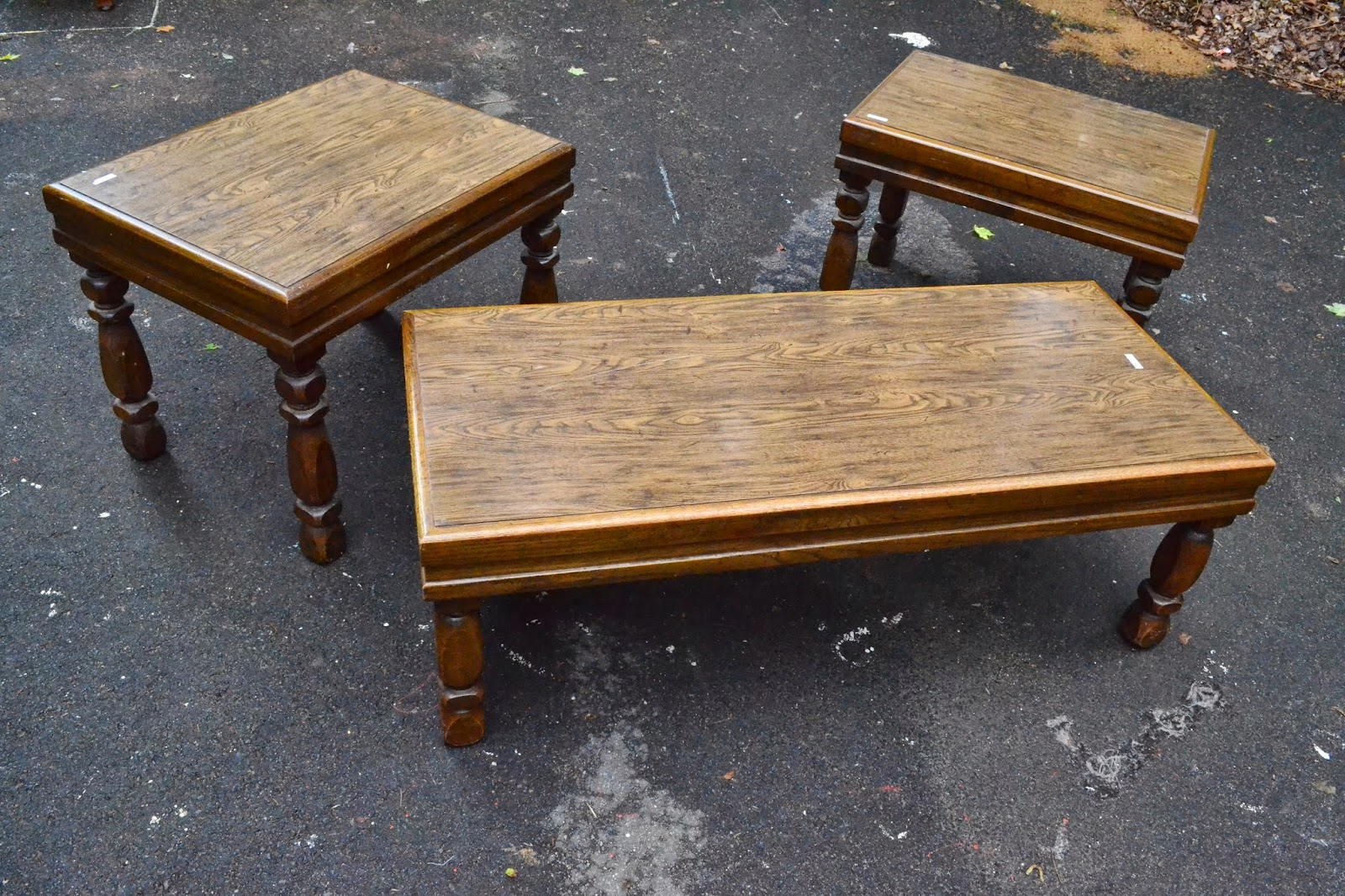 Heir And Space A Cottage Coffee Table Set