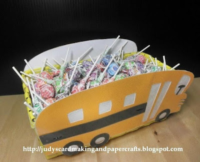 school treat bus
