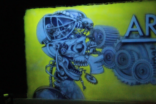 Malowidło ścienne świecące w ciemności, niesamowity efekt w klubie Arctica w Płocku,