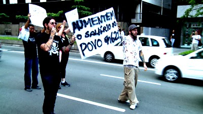 protesto aumento salario deputados
