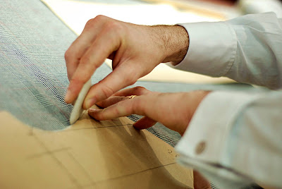 How bespoke tailors work