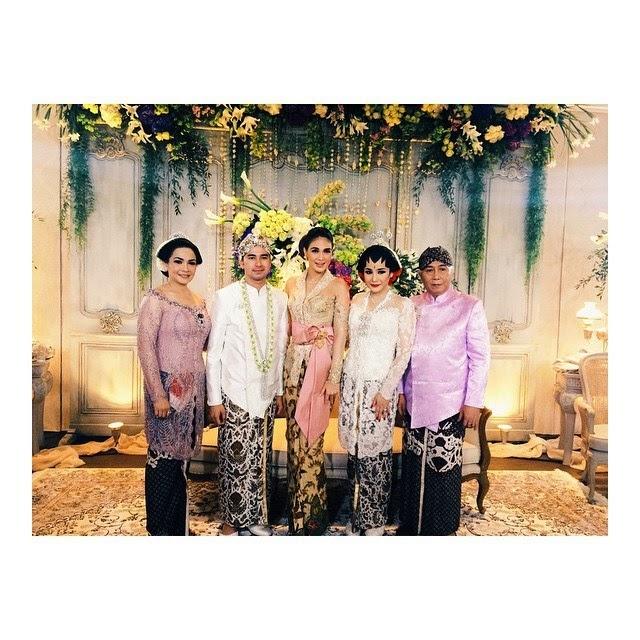 Foto-foto pernikahan Raffi dan gigi