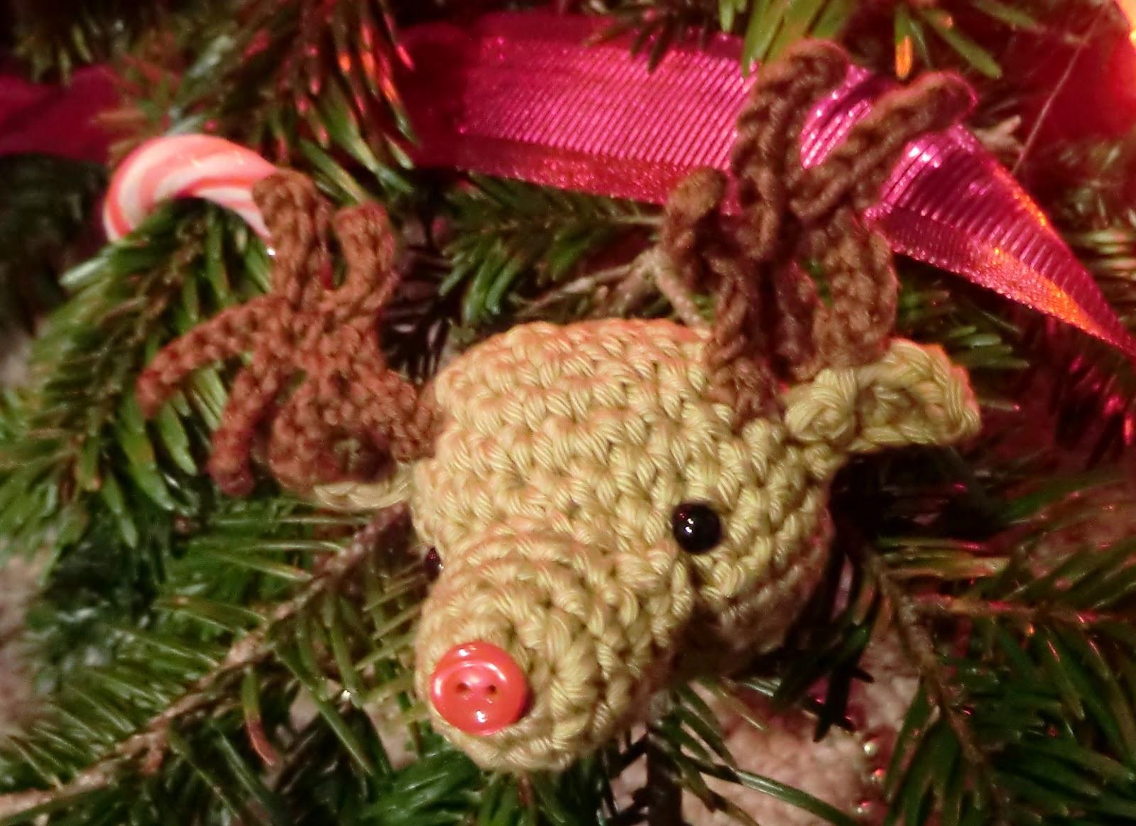 Free Amigurumi Reindeer Patterns : Amigurumi Barmy: Free crochet pattern reindeer