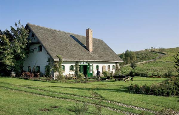 vista de la casa polaca rustica  tradicional