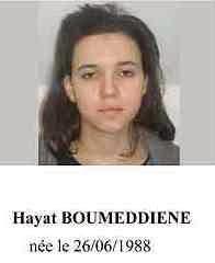 Για έχετε τον νού σας μην την δείτε στην Ομόνοια... γυναίκα που κυνηγά όλη η Γαλλία -Οπλισμένη και επικίνδυνη