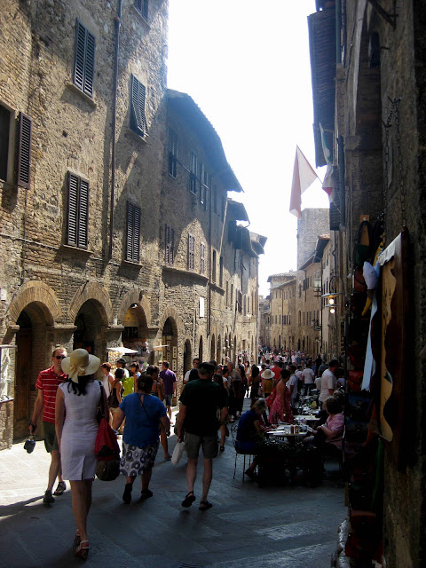 Crowded Street in San Gimignano, Italy | Taste As You Go