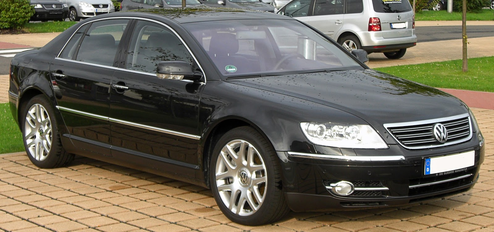 volkswagen announce 500 km awd electric phaeton tesla. Black Bedroom Furniture Sets. Home Design Ideas