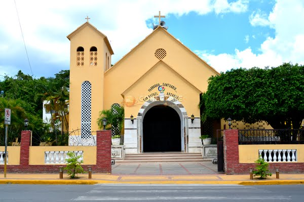 Nuestra Iglesia San Rafael Alcangel