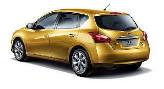 2012 Nissan Tiida Wallpapers