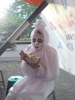 Penampakan Pocong submited images | Pic 2 Fly