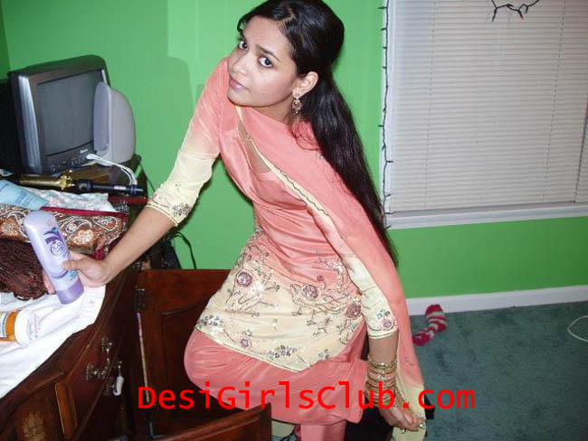 Sexy indian college girls