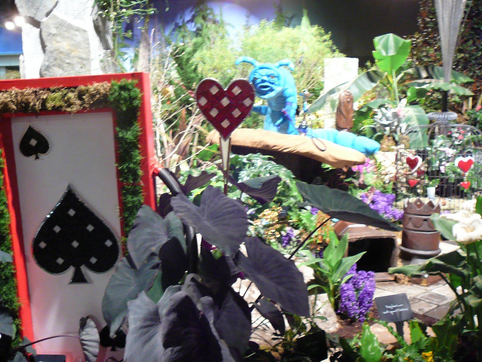 crafty cakewagon alice in wonderland garden. Black Bedroom Furniture Sets. Home Design Ideas