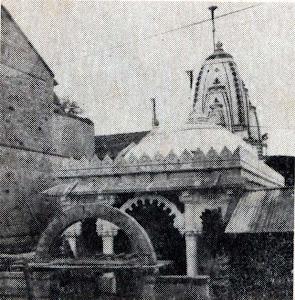 जुने संभवनाथ जैन मंदिर, विटा.