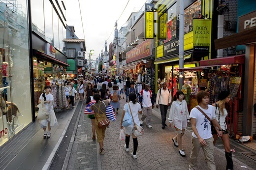 Attractions in Japan must go on. (Part 1) Popular shopping district Shinjuku, Harajuku, Odaiba