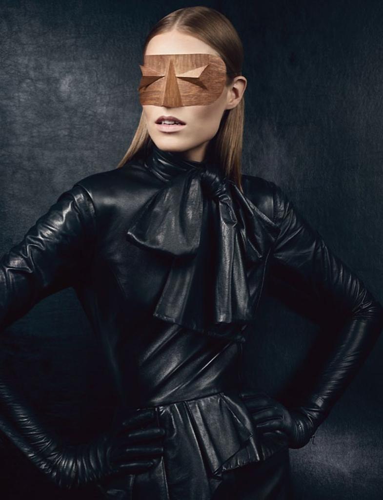New Noir    with Suvi Koponen in UK Vogue September 2012Vogue September 2012