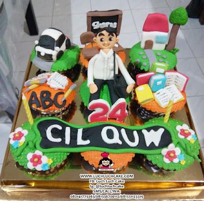 Cupcake Tema Guru Daerah Surabaya - Sidoarjo