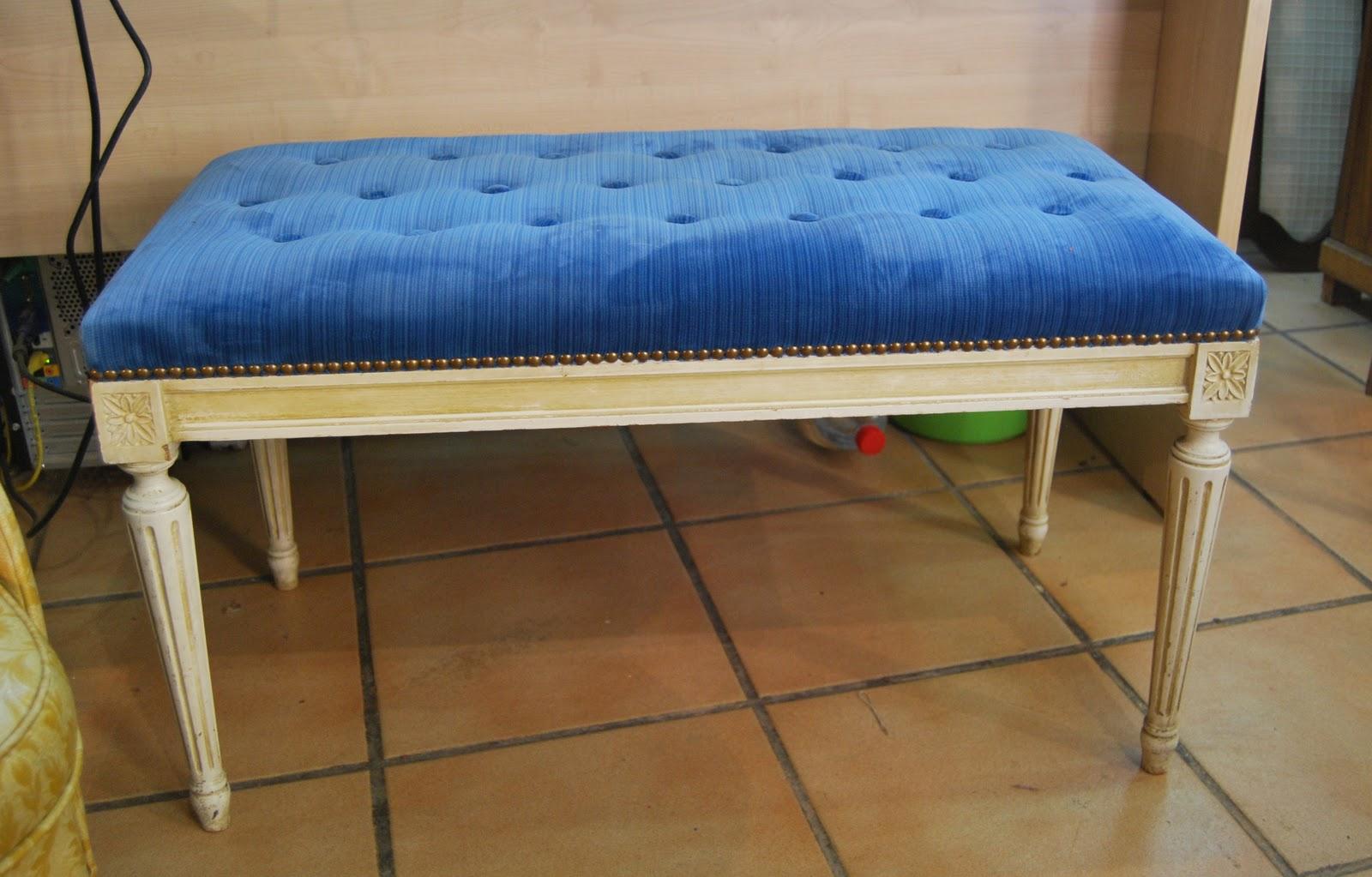 Banco tapizado terciopelo azul la tapicera - Tapizado de butacas ...