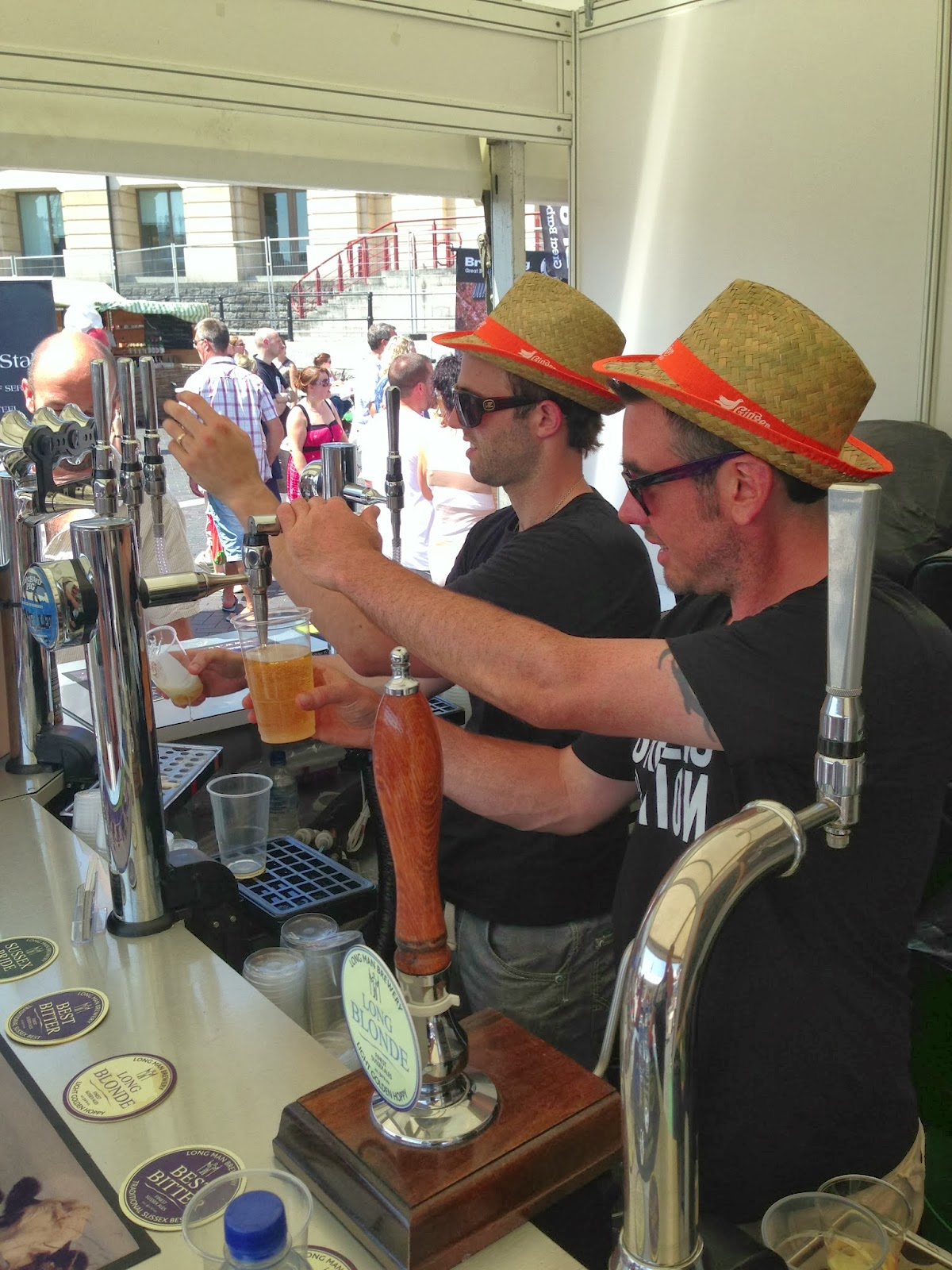 Hire a mobile bar in Eastbourne