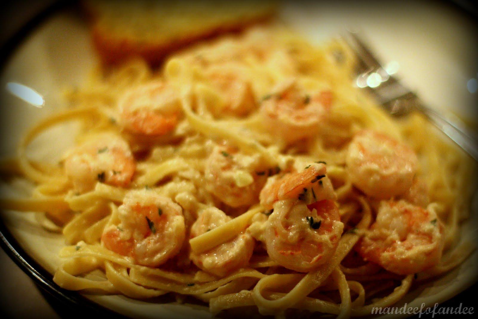 mandeefofandee.: shrimp fettuccine alfredo [recipe]