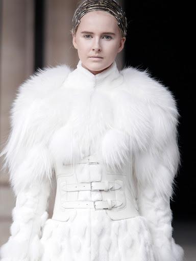 Луксозно кожено палто Александър Маккуин
