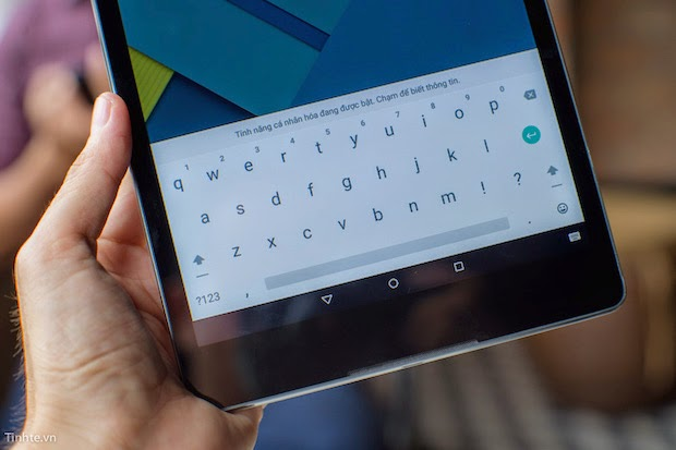 Google's HTC Nexus 9  keyboard Hands On Review with Video