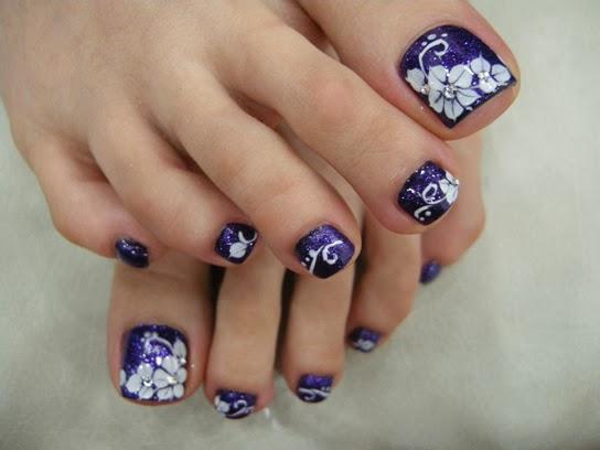 Toe Nail Art With Rhinestones Fashionate Trends