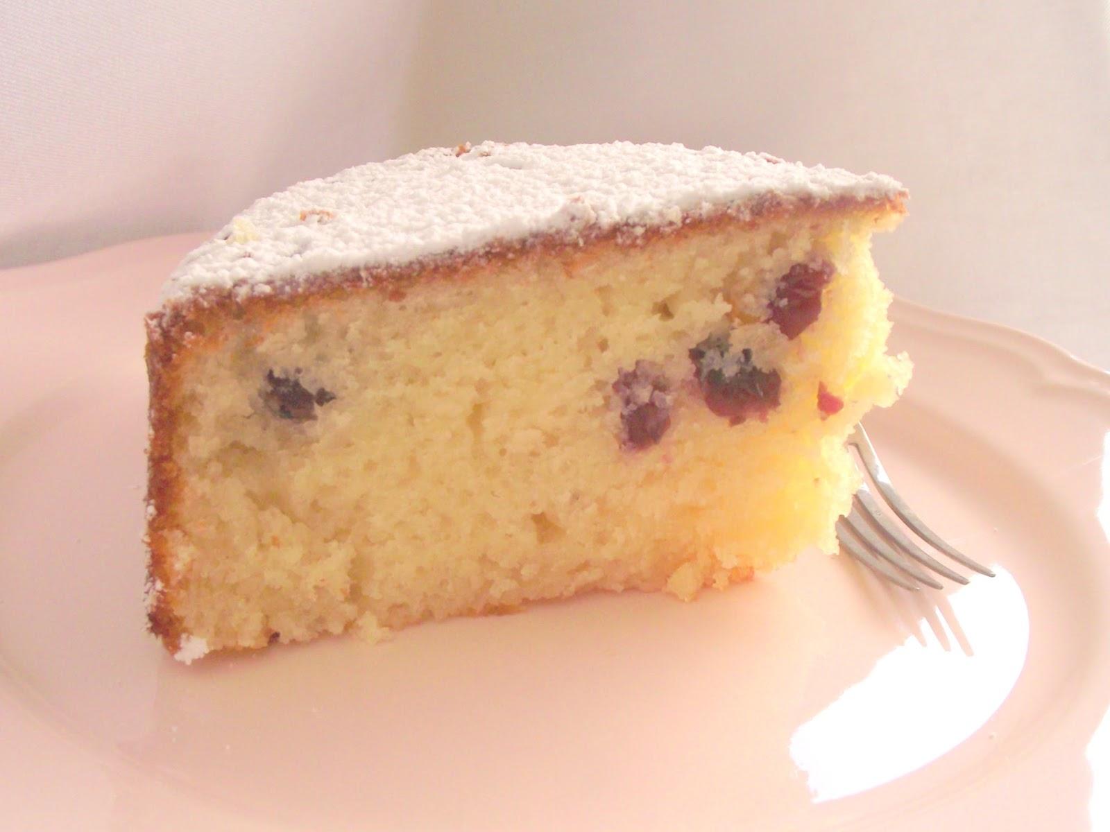 torta limone e mirtilli e gli orrori della cucina italiana all'estero