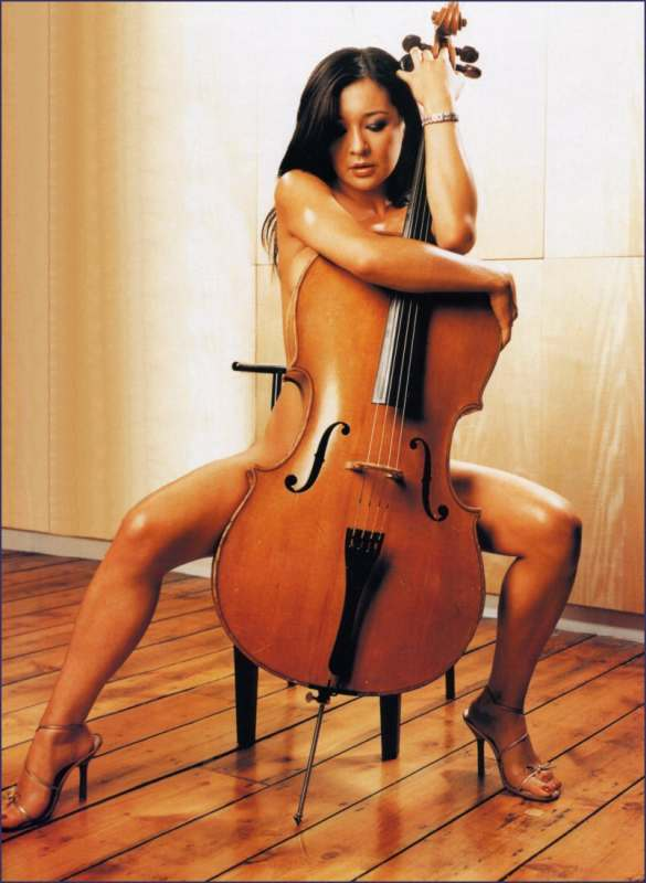 cellist female nude
