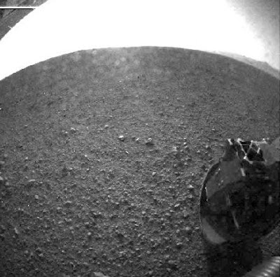 Curiosity Rover Lands on Mars