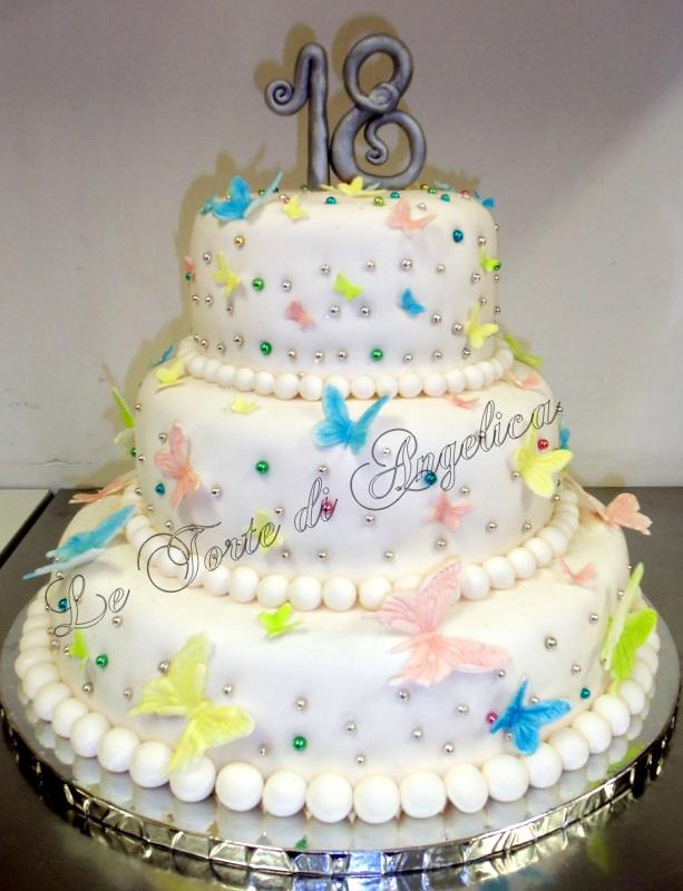 Emozioni in torte le torte di angelica la leggerezza dei for Torte per 18 anni maschile