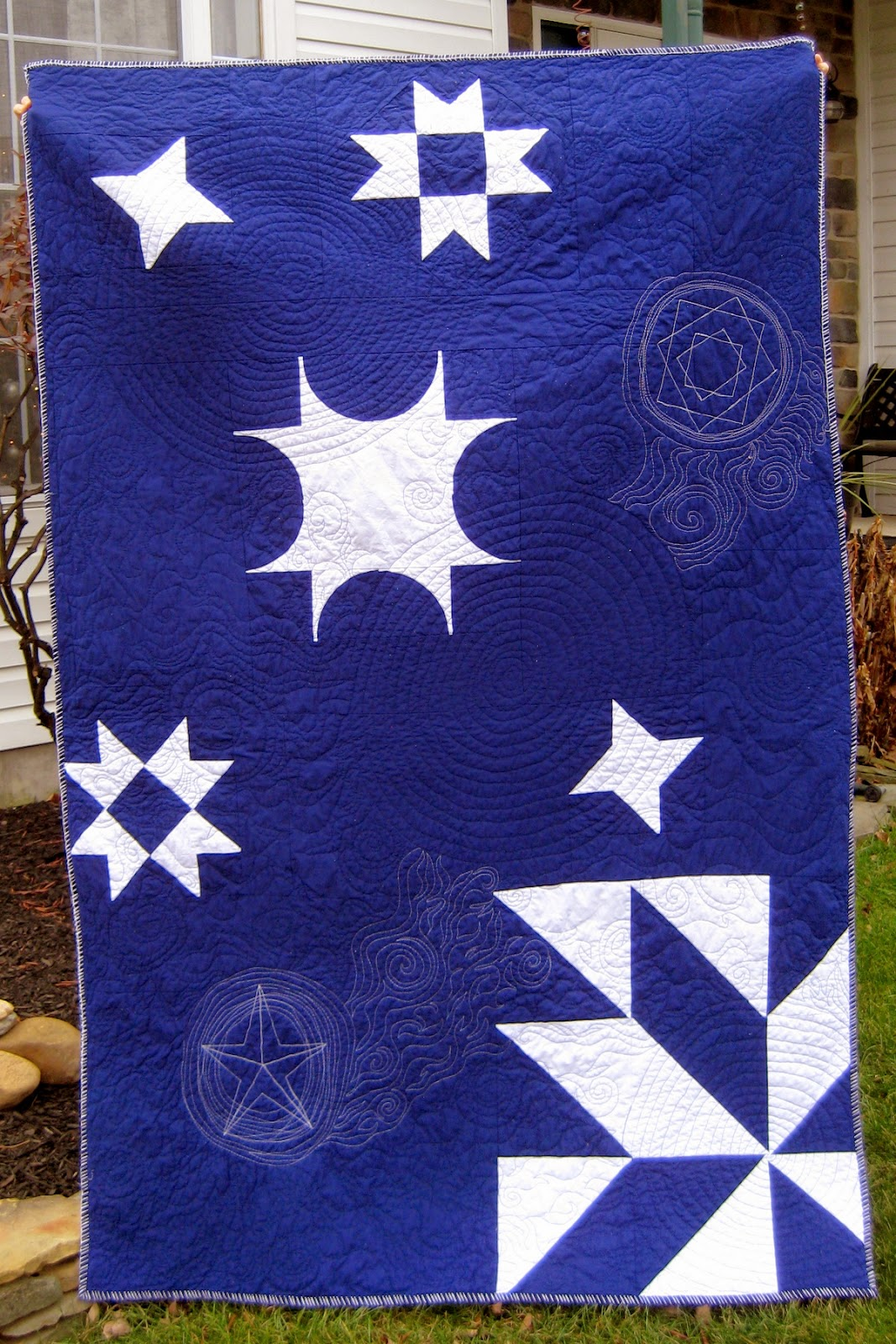 http://quiltyhabit.blogspot.com/2014/12/shirleys-stars-tribute-to-my-grandmother.html