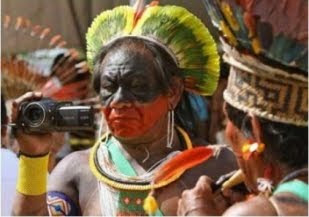 2012 . Ano Internacional da Comunicação Indígena